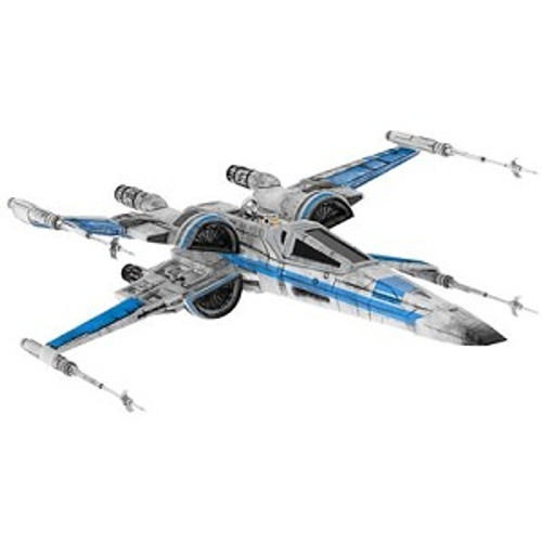 2017 Star Wars - The Force Awakens T-70 X-Wing Fighter - SDCC (QMP4032)