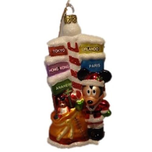 Mickey Mouse - World Traveler