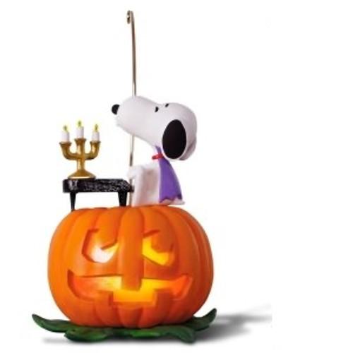 2018 Halloween - Peanuts - Spooky Snoopy