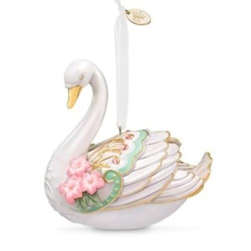 2018 Stunning Swan