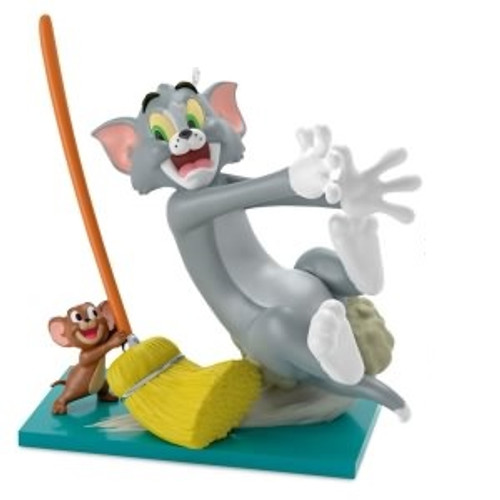 2018 Tom and Jerry - Mouse Cleaning