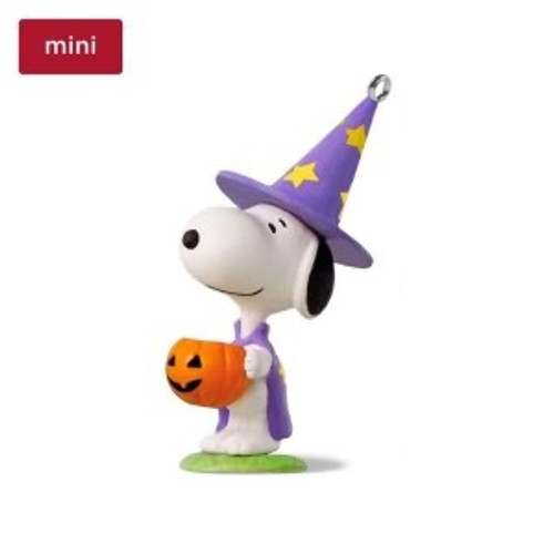 2018 Halloween - Trick-or-Treat Snoopy
