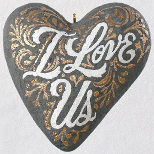 2019 I Love Us Heart Concrete (QHX4007)