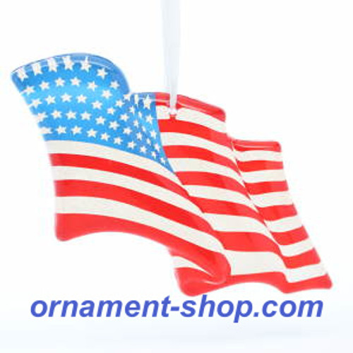 2019 American Flag - Wave Proudly (QHX4107)