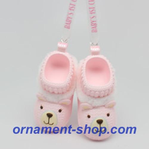 2019 Baby Girl's First Christmas Hallmark ornament (QGO2367)