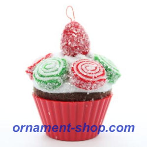 2019 Christmas Cupcakes #10 - Pinwheel Sweetness Hallmark ornament (QXR9479)