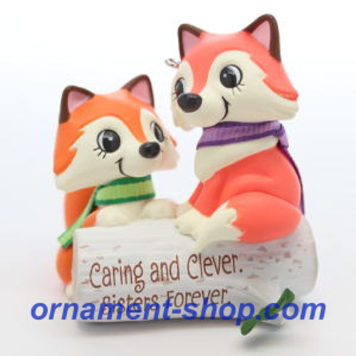 2019 Clever Sisters Hallmark ornament (QGO2047)