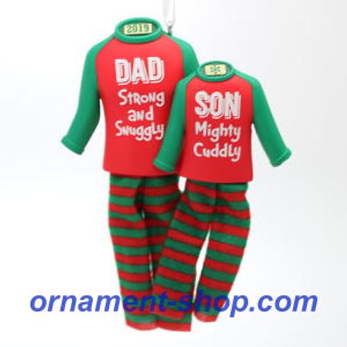 2019 Dad and Son Hallmark ornament (QGO2057)