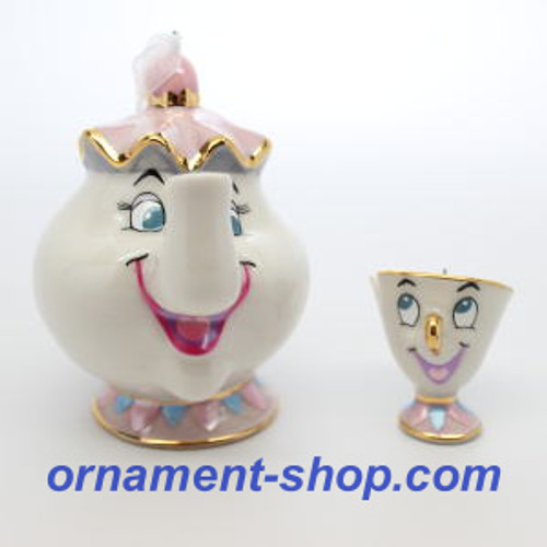 2019 Disney - Beauty and the Beast - Mrs Potts and Chip Hallmark ornament (QXD6479)