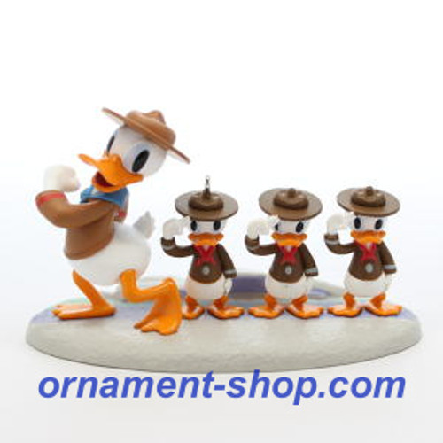 2019 Disney - Good Scouts - Donald Duck Hallmark ornament (QXD6447)
