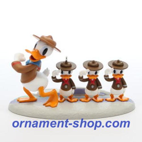 2019 Disney - Good Scouts - Donald Duck Hallmark ornament (QXD6447)