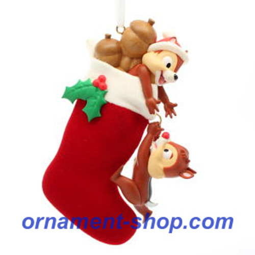 2019 Disney - Stocking Stuffers - Chip and Dale Hallmark ornament (QXD6187)