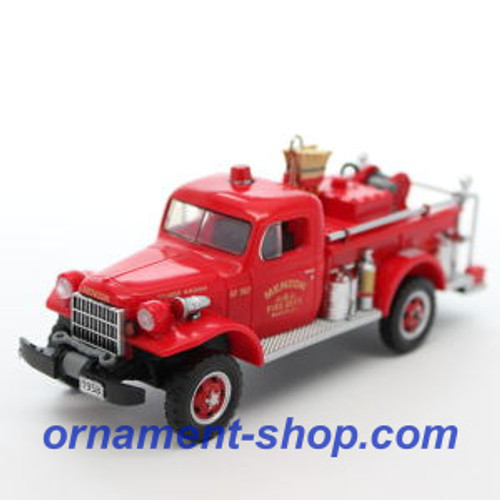 2019 Fire Brigade #17 - 1958 Dodge Power Wagon Hallmark ornament (QXR9149)