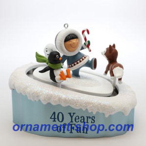 2019 Frosty Friends - 40th Anniversary Hallmark ornament (QGO2247)