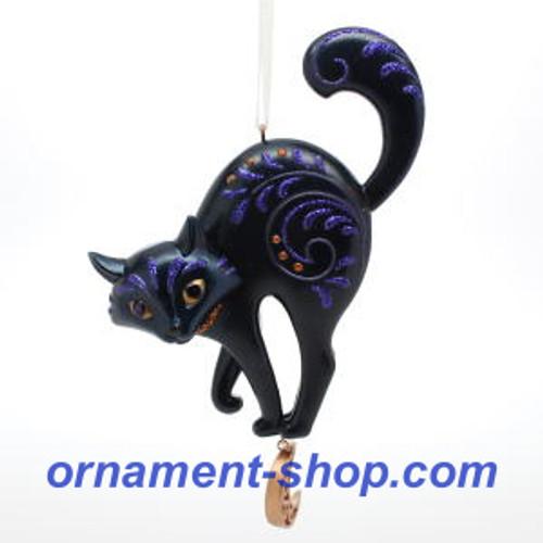 2019 Halloween - Bewitching Black Cat Hallmark ornament (QFO5275)