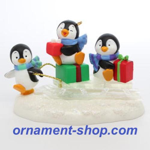 2019 Sledding Shenanigans Hallmark ornament (QGO2019)