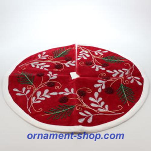 2019 Miniature Tree Skirt Hallmark ornament (QFM6187)