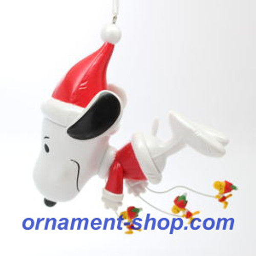 2019 Peanuts - Fly On, Snoopy! Hallmark ornament (QXI3777)