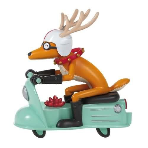 2020 Grandma Got Run Over by a Reindeer (QGO1824)