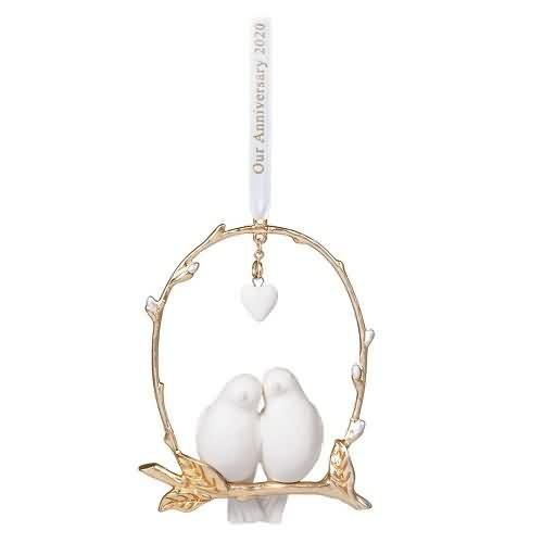 2020 Still Lovebirds Hallmark ornament (QHX4081)