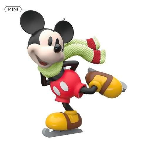 2020 Mickey on Ice Hallmark ornament (QXM8174)