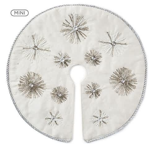 2020 Miniature Beaded Tree Skirt Hallmark ornament (QSB6301)