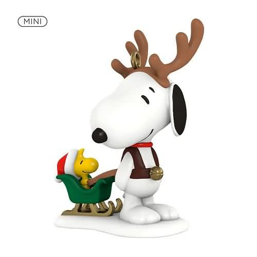 2020 Winter Fun with Snoopy #23 - Sleigh Hallmark ornament (QXM8194)