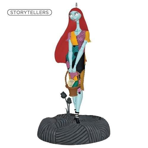 2020 Nightmare Storyteller - Sally Hallmark ornament (QXD6601)