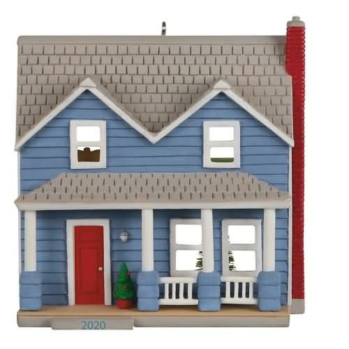 2020 Nostalgic Houses and Shops #37 - Traditional Clapboard Two-Story Hallmark ornament (QXR9341)