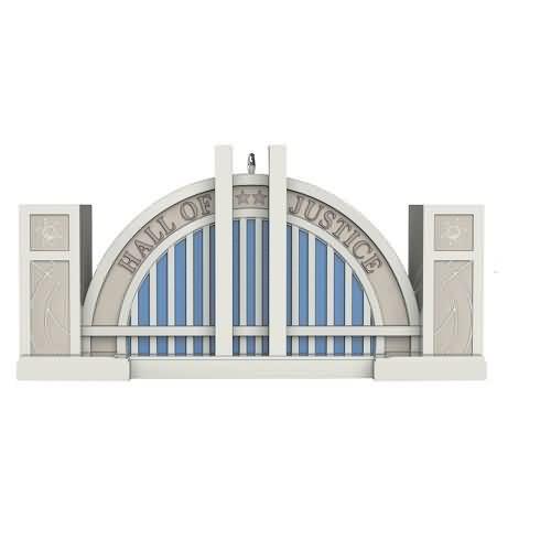 2020 Super Friends - Hall of Justice Hallmark ornament (QXI2434)
