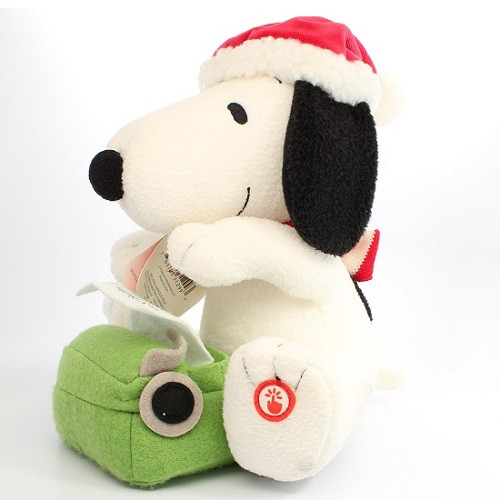2017 Peanuts - Snoopy Plush - Writing To Santa