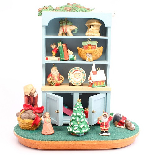 1994 Mrs Claus Cupboard - Signed