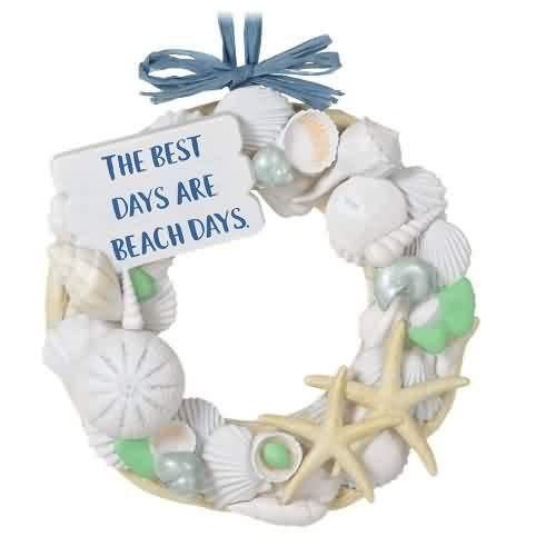 2021 A Day At The Beach Hallmark ornament (QGO2385)