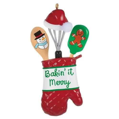 2021 Bakin It Merry Hallmark ornament (QGO2352)