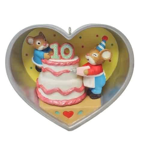 2021 Cookie Cutter Mouse - Ten Years - Ltd Hallmark ornament (QXE3282)