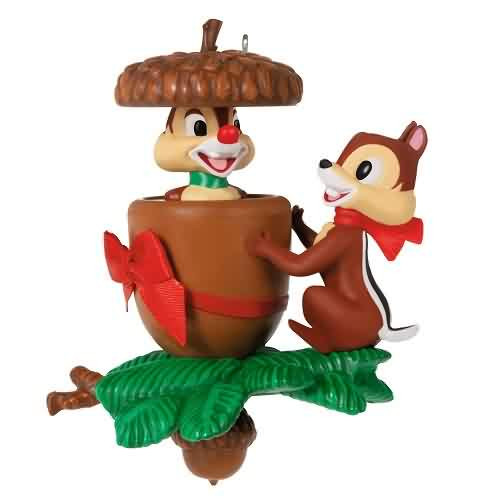 2021 Disney - In A Nutshell Chip And Dale Hallmark ornament (QXD6442)