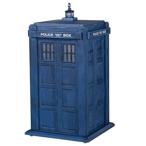 2021 Doctor Who - Tardis Hallmark ornament (QXI7502)