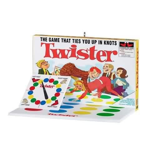 2021 Family Game Night #8 - Twister Hallmark ornament (QXR9292)