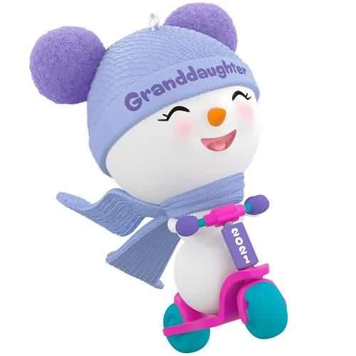 2021 Granddaughter Hallmark ornament (QGO2022)