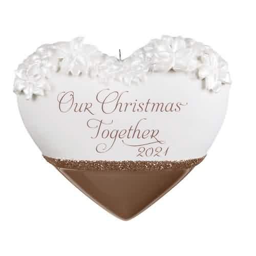 2021 Our Christmas Together Hallmark ornament (QGO2122)