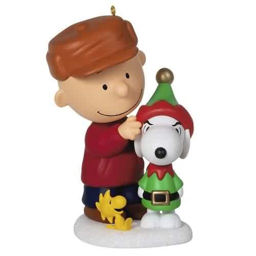 2021 Peanuts - Dressed Up Dog Hallmark ornament (QXI7315)