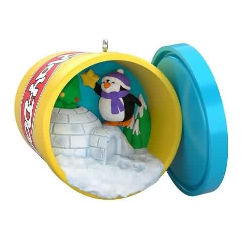 2021 Play-Doh Penguin Hasbro Hallmark ornament (QXI7185)