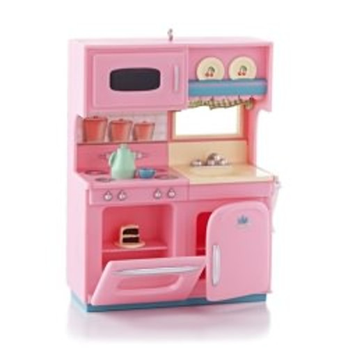 2013 A Kitchenette For Christmas