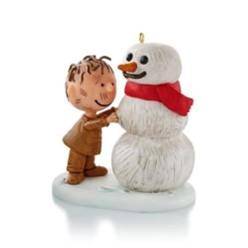 2013 Peanuts - Pigpen Builds A Snowman