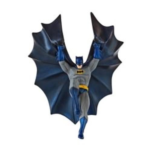 2013 Batman - Descending Upon Gotham City