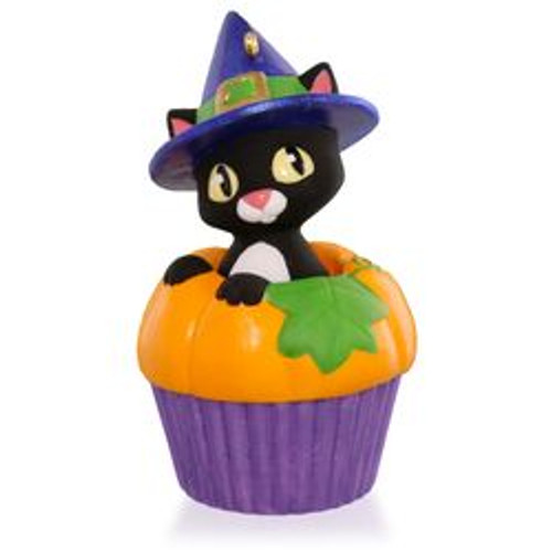 2015 Keepsake Cupcake # 3 - Punkin' Kitty