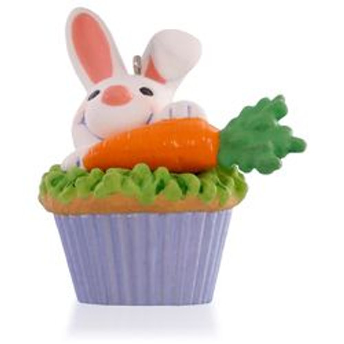 2015 Keepsake Cupcake # 9 - Some Bunny to Love