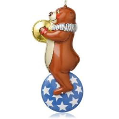 2014 Tin Toys #1 - Big-Top Bear