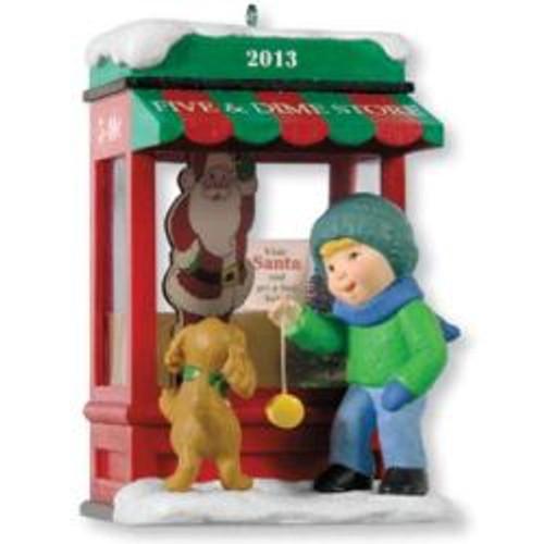 2013 Christmas Windows #11 - Club