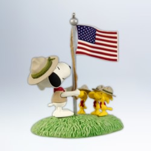 2012 Peanuts - Beagle Scout Salute